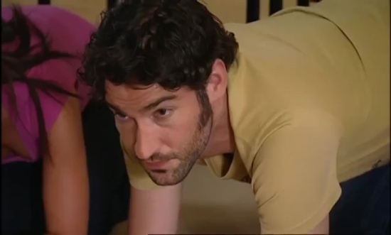 Tom-Ellis-Monday-Monday-01x06-51531