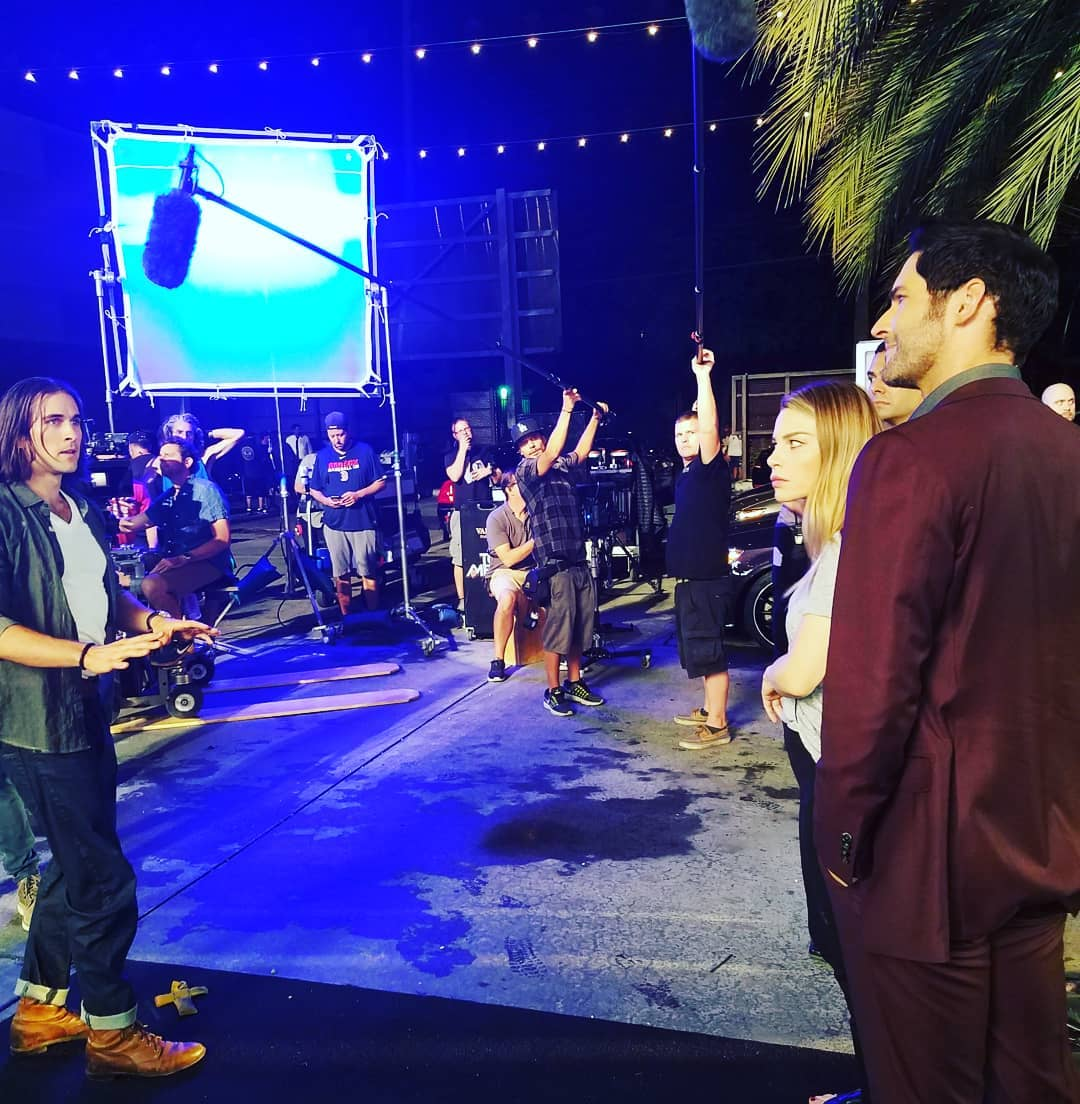 New Tom Ellis Pictures – BTS Lucifer Season 4
