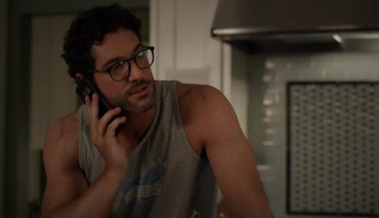 Tom Ellis Queen America 1x06-01731