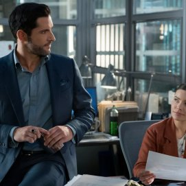 Seewhatsnext Tom Ellis Lucifer Season 4 (2)