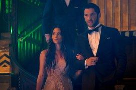 Seewhatsnext Tom Ellis Lucifer Season 4 (3)